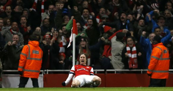 Tomas Rosicky Celebrates His Goal Against The Enemy