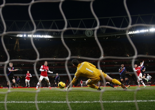 Oxlade-Chamberlain Doubles His and Arsenal's Tally Against Crystal Palace