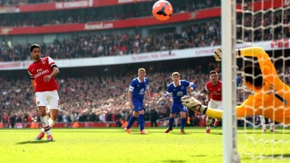 Arteta Scores From The Penalty Spot (Again After Having To Retake)