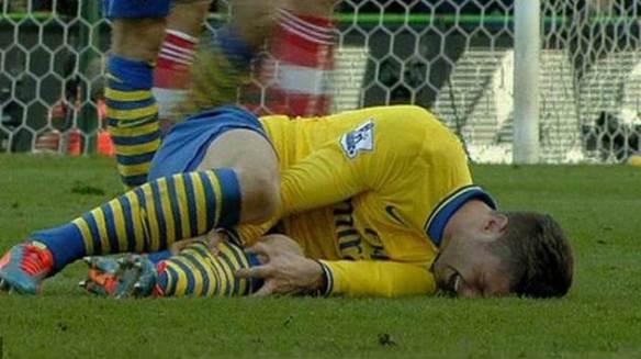 Giroud Injured After Adam Stamp