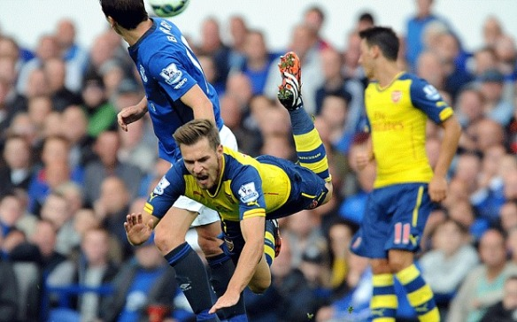 Ramsey finds life difficult against Leicester City