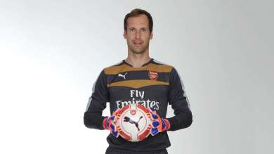 Petr Cech In Arsenal's New Goalkeeper Kit